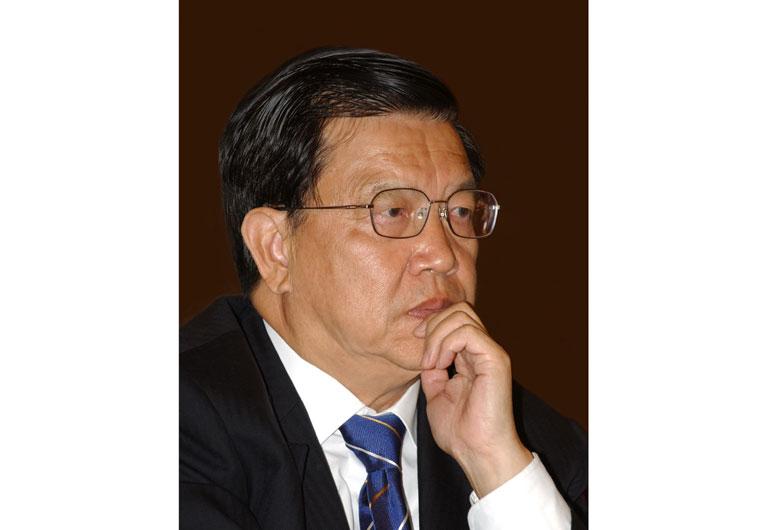龙永图:原外经贸部副部长