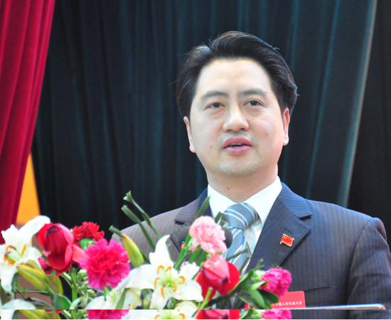 郑向东:重庆市巫溪县委书记