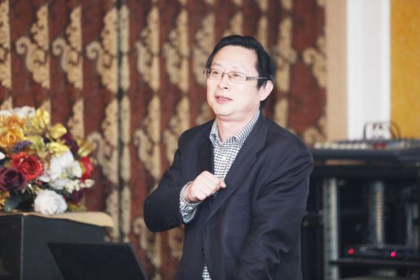 蔡立力:中国城市规划设计研究院教授级高级城市规划师,中国国际城市化委员会乡村建设专委会常务副主任,住建部村镇建设司乡村规划研究中心顾问。