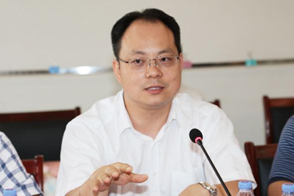 唐 钧:中国人民大学危机管理研究中心主任、政府管理与改革研究中心副主任