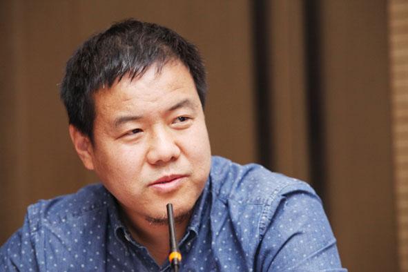 杨华彬  中国国际城市化发展战略研究委员会委员、河北省永清县原副县长