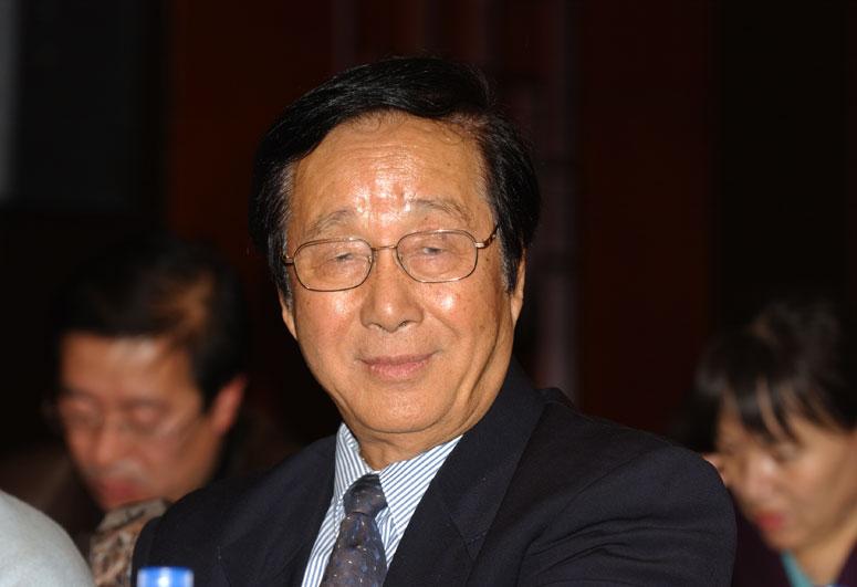 原国务院参事、住房和城乡建设部建设环境工程技术中心主任王秉忱在峰会上2