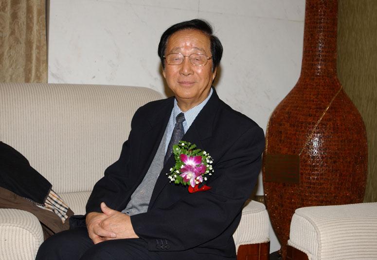 原国务院参事、住房和城乡建设部建设环境工程技术中心主任王秉忱在峰会上3